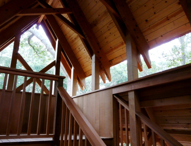 Treehouse interior view 2 7-23-2011 sm